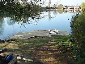 River Boat Pontoon Decking Lake Water_2