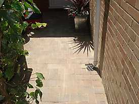 Stone Driveway and Paths_8